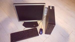 Ordinateurs reconditionnés, c'est  un desktop ultra compact et léger (moins de 5kg)